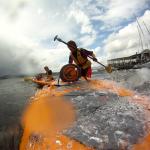 Kayaking bei stürmiger See